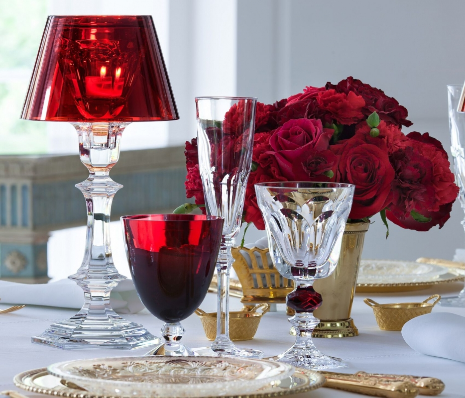 VEGA glass, HARCOURT LOUIS-PHILIPPE glass, HARCOURT EVE flute and HARCOURT OUR FIRE candlestick.